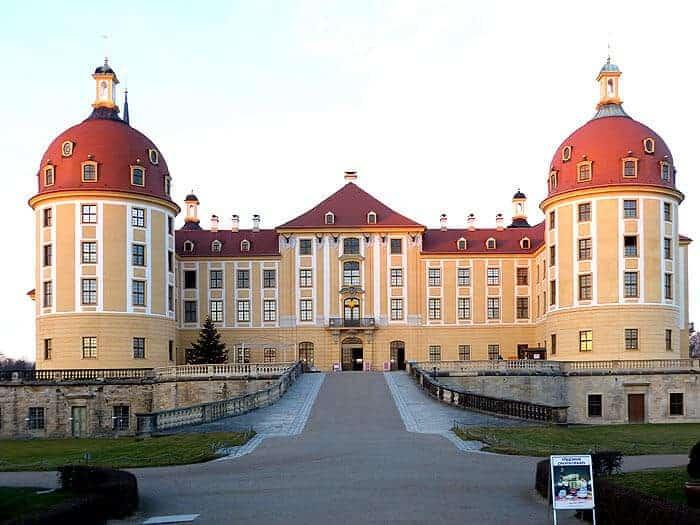 Moritzburg Ausstellung Aschenbrödel Bild 1