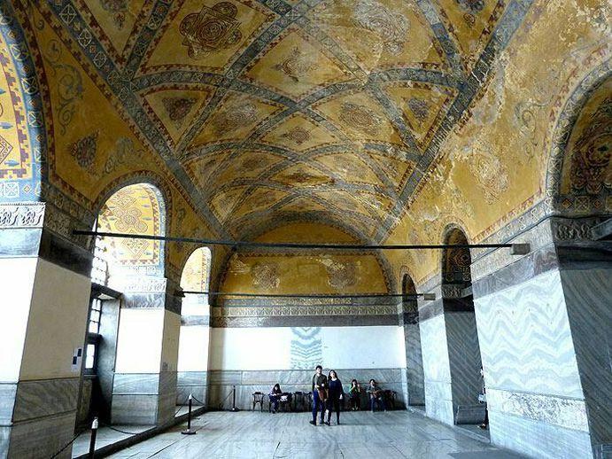 Hagia-Sophia-Istanbul-Bild-037