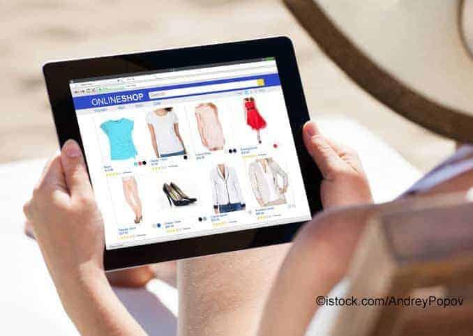 Online Shop Mitarbeiter mit Tablett