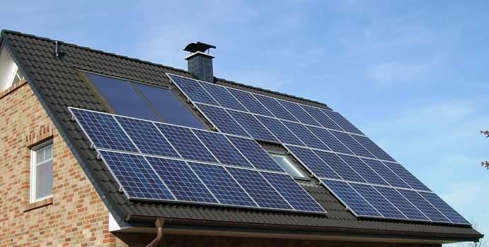 Wartung von Solaranlagen und Photovoltaik