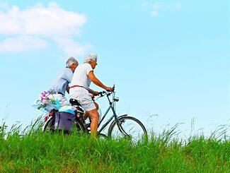 Alte Menschen Wenn die Knochen wehtun