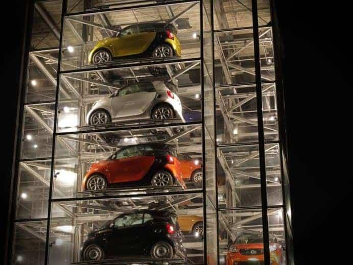 Auto Turm