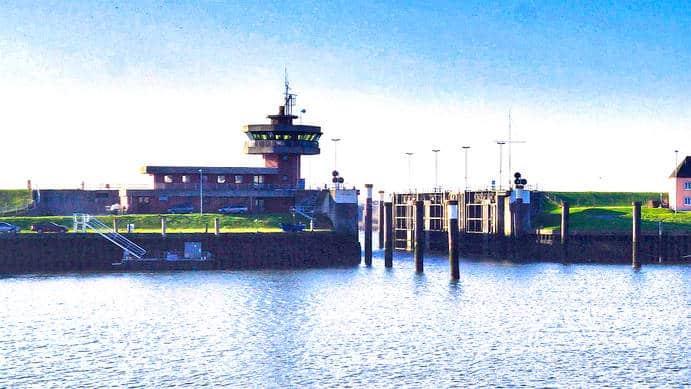 Büsum Hafen Sperrwerk Bau von 1977 bis 1981 Foto 2018 Wolfgang Pehlemann