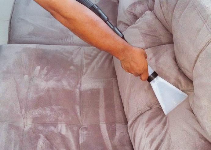 Couch Reinigung