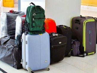 Koffer Stress mit zu viel Gepäck
