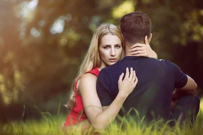 Paar während der Menstruation