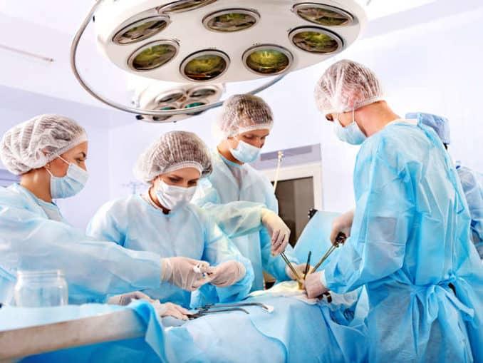 Operation im Krankenhaus ©poznyakov/depositphotos.com